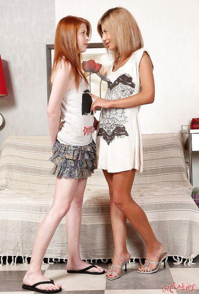 Фото №1 Две молодые рыжие лесбиянки полизали друг другу киски