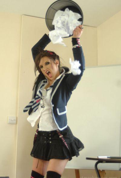Фото №6 Непослушная школьница Amy Alexandra сходит с ума и оголяет свое тело